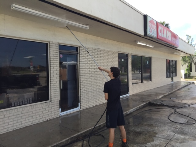 Commercial pressure washing by PowerPlus pressure washing